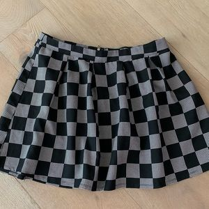 Forever 21 Checkerboard Pleated Skirt 1X
